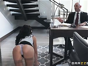 taunting ultra-cutie Ariana Marie