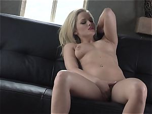 Alexis Texas enjoys thumping her frigs in and out of her lubricious vulva