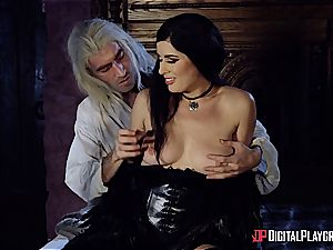 Danny D fools around as Geralt and humps black-haired stunner