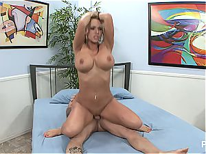 Picasso melons is cuckolding again
