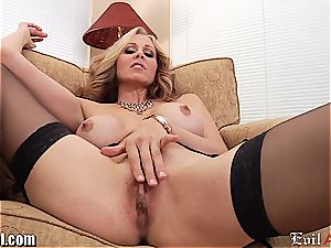 crazy cougar Julia Ann gives a dirty point of view oral pleasure