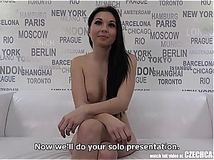 seductive huge-titted mummy Nikola Plays with Agents chisel