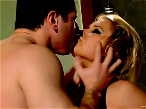 Shyla Stylez takes this rigid shaft deep in her taut rump