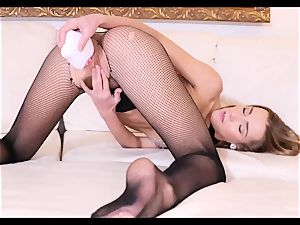 Alexis Crystal fuck-a-thon toy onanism