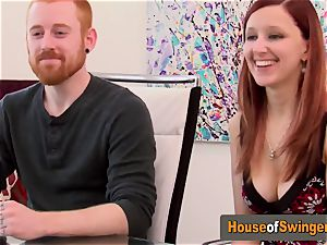 Ginger wifey meets insane man who frigs her puss in the living apartment