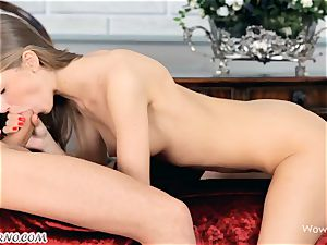 sex with a slender gal from St. Petersburg Ebbi