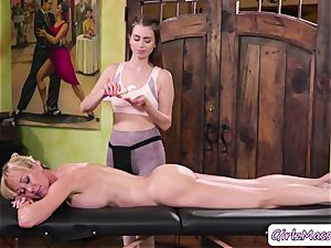 massagist Jill Kassidy rubdown Brandi enjoy bod and eats her raw poon