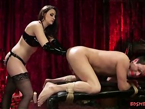 cool domme drills a folks caboose with her knuckle