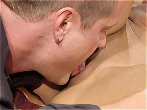 fabulous cougar Kayla Carrera is thirsty for fresh meat