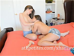 Cassidy Klein and Elektra Rose Make Each Other jizm
