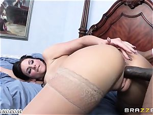 Phoenix Marie is prepared to take a large black pink cigar in her beaver