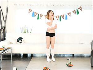 Kristen Scott gets intimate with steaming stepmom Cherie Deville
