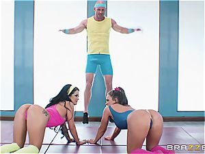 Johnny, Abi and Kat have a post-workout 3some